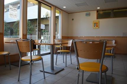 ピカピカのカフェ (4).jpg